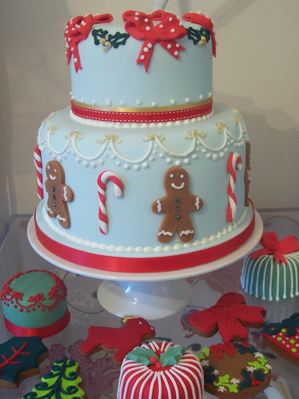 Xmas  Tier Wedding Cakes