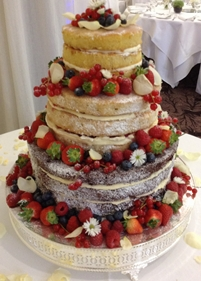 traditional fruit wedding cake icing wedding cakes west sussex 21137